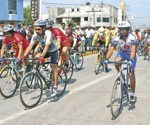 FILIBERTO MERCADO  mi opa .... con el equipo mexicano de ciclismo en las olimpiadas de 1960 en Roma (my old man ... at the 1960 olimpics in rome with the mexican cycling team)